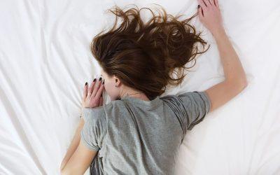 Bettdecke und Bettwäsche – eine romantische Geschenkidee mit hohem Gebrauchswert